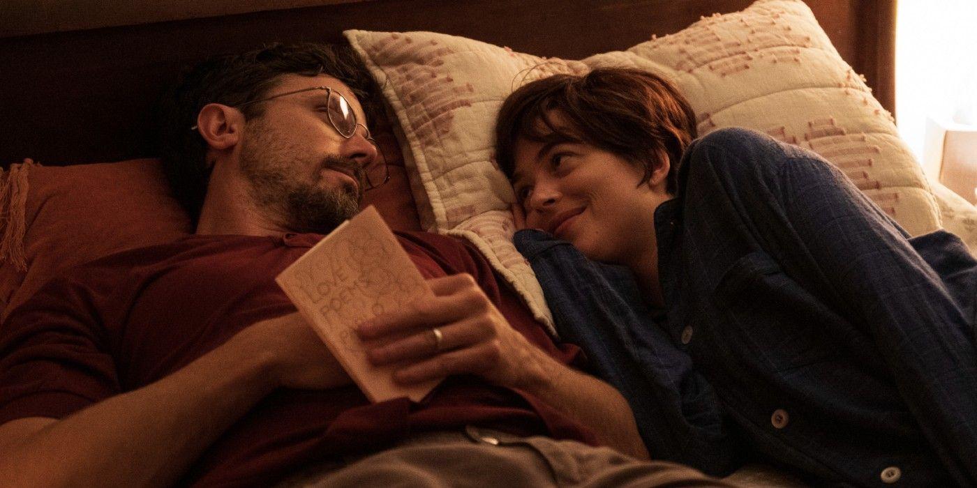 Casey Affleck và Dakota Johnson trong phim Bạn Tôi (Our Friend)