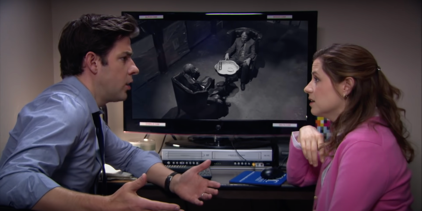 The Office: New Cold Open Brings The Matrix and Dwight Together