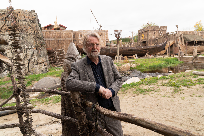 O criador de 'Vikings' Michael Hirst revela seu motivo para encerrar sua série de sucesso 4