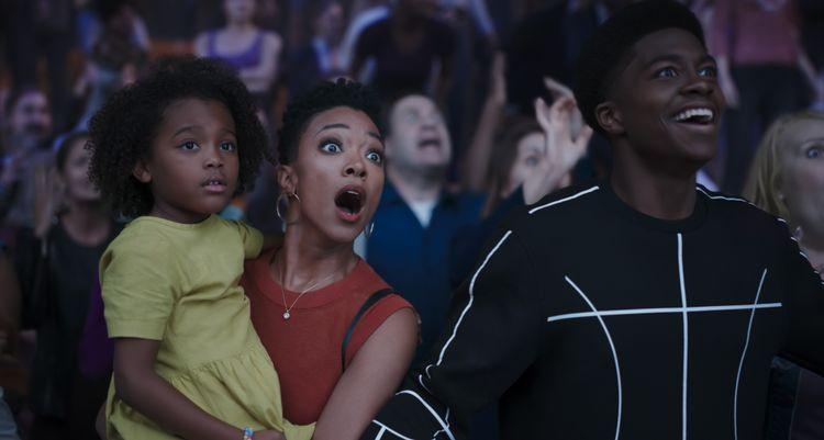 Harper Leigh Alexander as Xosha James, Sonequa Martin-Green as Kamiyah James, and Ceyair J Wright as himself in Space Jam: A New Legacy