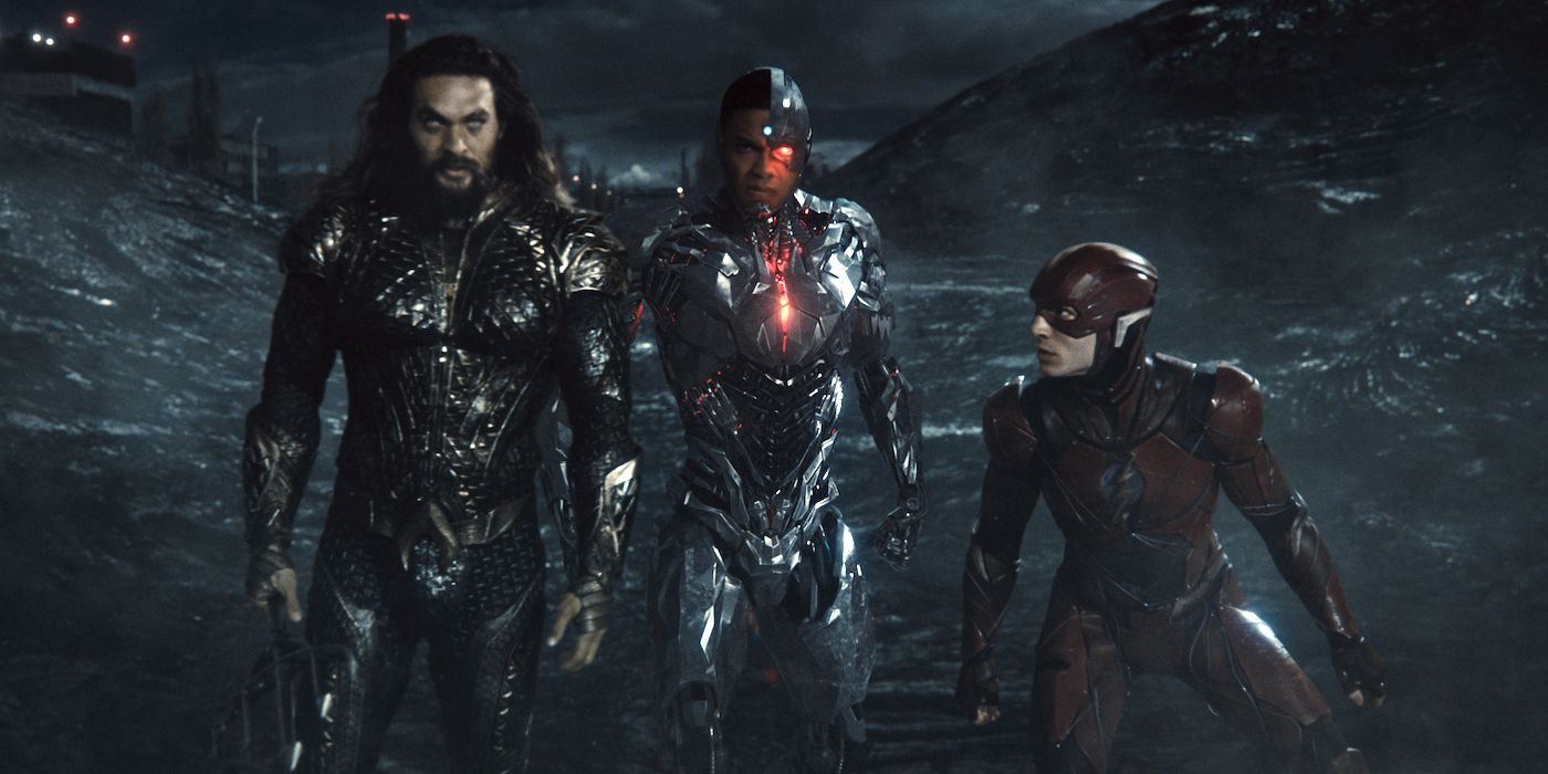 New Zack Snyder's Justice League Poster Shows Heroes Fighting Steppenwolf
