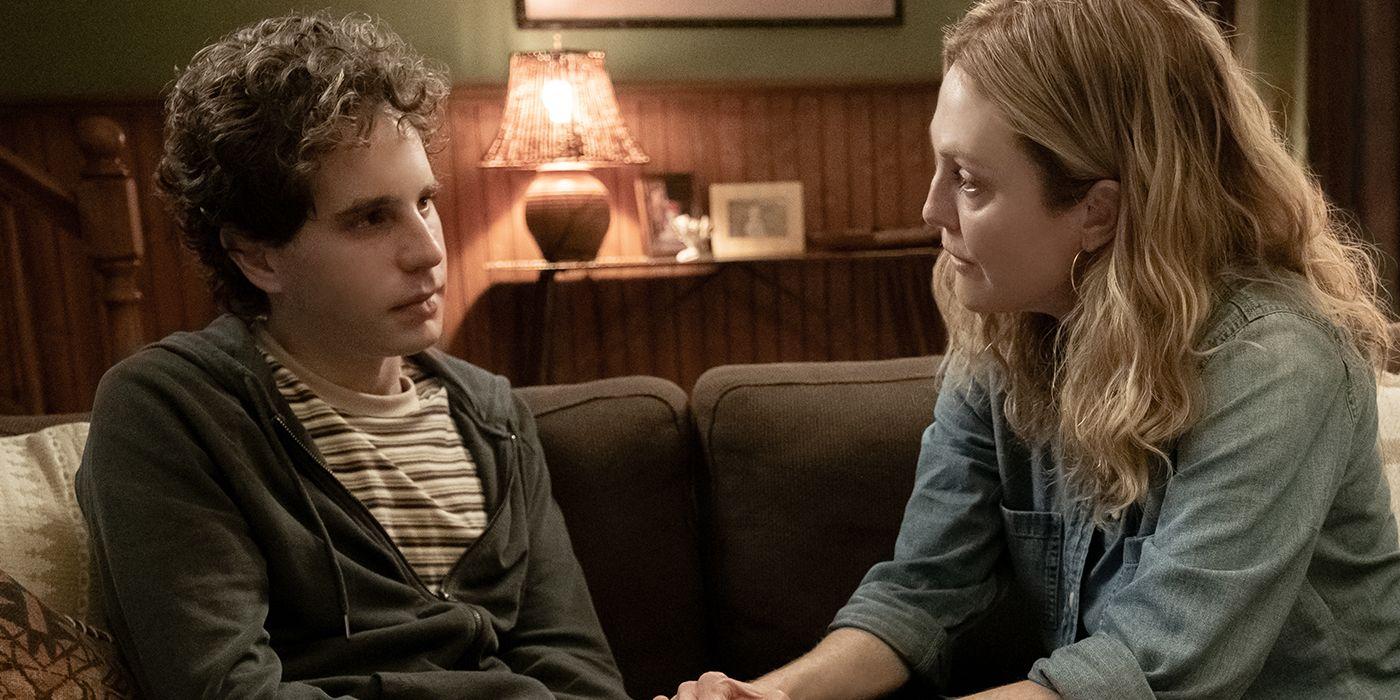 Dear Evan Hansen Movie Trailer Teases an Emotional Broadway Adaptation -  swiftheadline