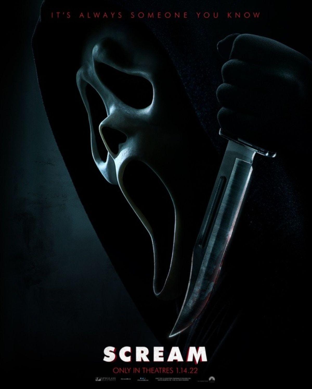 scream-2022-poster.jpg?q=50&fit=crop&w=1